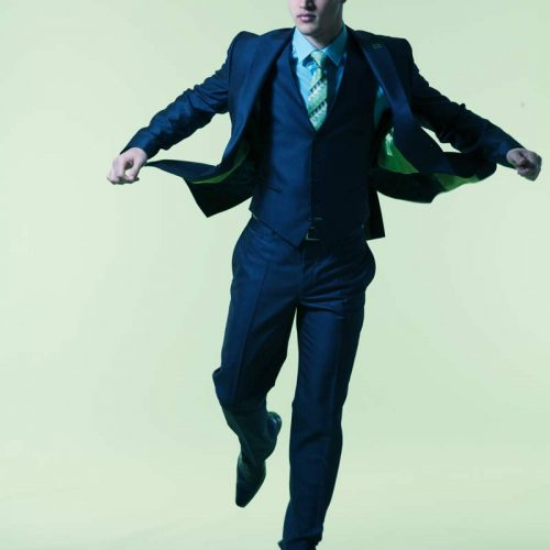 Thomas Jumping Fashion