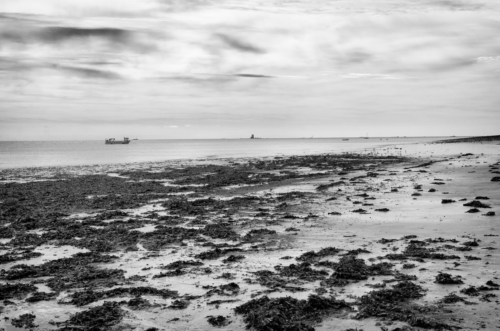 Deserted beach Jersey, Gorey black & white